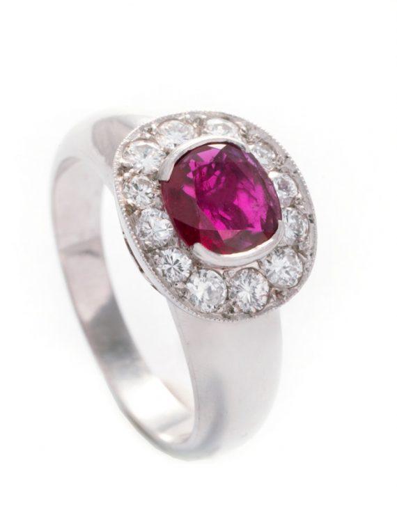 anello-rubino-cuscino